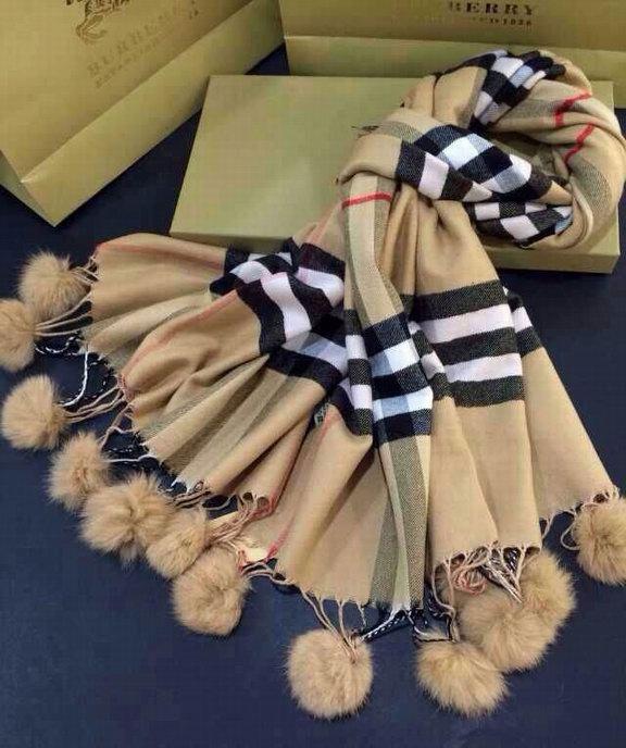 foulard burberry nuovo seta charpe motif burberry foulard burberry pas cher ebay. Black Bedroom Furniture Sets. Home Design Ideas