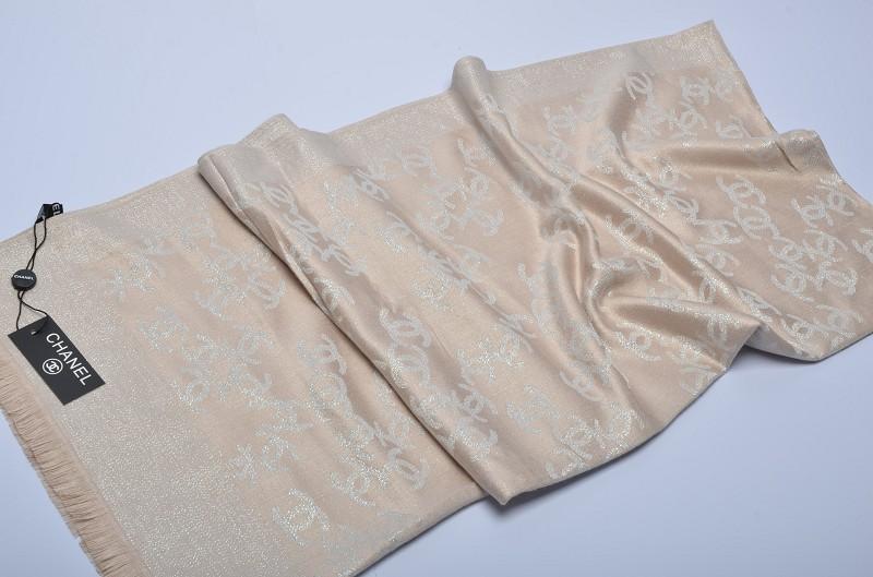 echarpe chanel femme echarpe chanel fiable echarpe chanel promo. Black Bedroom Furniture Sets. Home Design Ideas